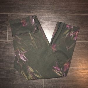 Lululemon cropped leggings!